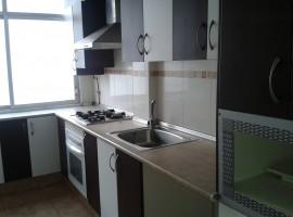 Se vende piso cerca de av. Peset Alexandre, Valencia - 100m2 - 48 000 Euros