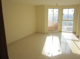Se vende piso sin estrenar Universidades- Blasco Ibañez - 90m2 - 135.000€