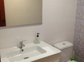 Продава се изцяло ремонтиран апартамент, Патрайкс, Валенсия, с асансьор - 67 000 Евро
