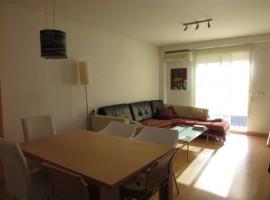 Продава се фантастичен, почти нов апартамент в San Antonio de Benagéber - 130 m2 - 85.000 €