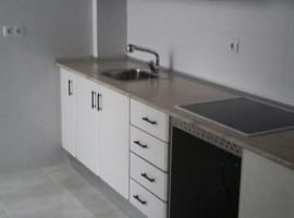 Valencia, Torrefiel - Se vende piso grande, muy chulo y recién reformado - 73 000€