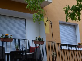 It sells luxury apartment renovated in Valencia, Marchalenes - 73 m2 - 83 900 euros