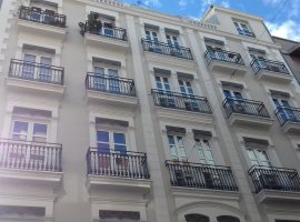 It sells housing in Eixample, Valencia - 119m2 - 280,000 €